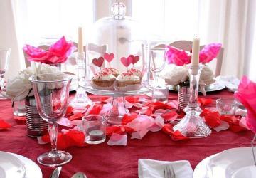 Pour votre souper de la St-Valentin, décorez votre table comme une PRO! 10 idées à essayer!!