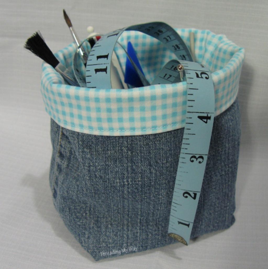 Célèbre 28 Façons créatives de récupérer des vieux jeans, pour leur donner  TT64