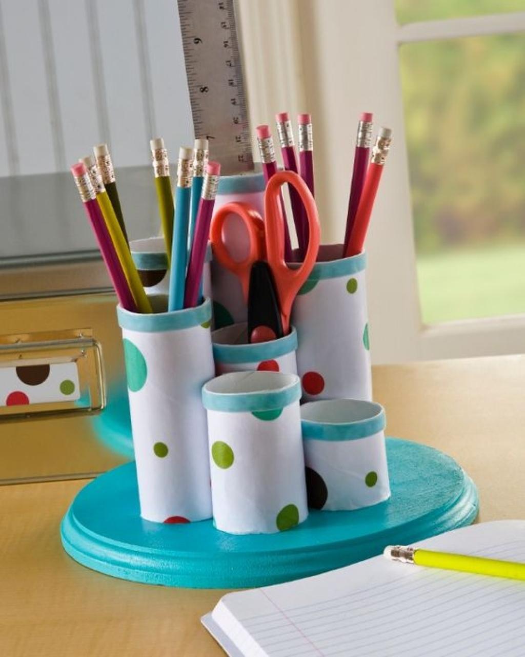 Fabriquer Un Porte Essuie Tout avant de jeter les rouleaux de carton au bac vert! jetez un