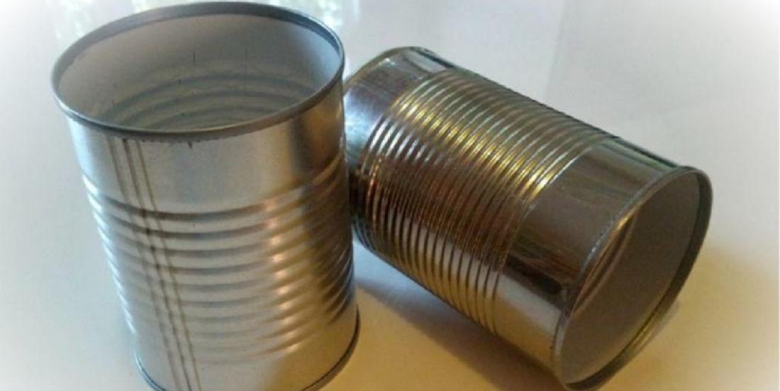 Plutôt que de jeter ces conserves, ils ont préféré en faire des accessoires déco de toutes sortes!