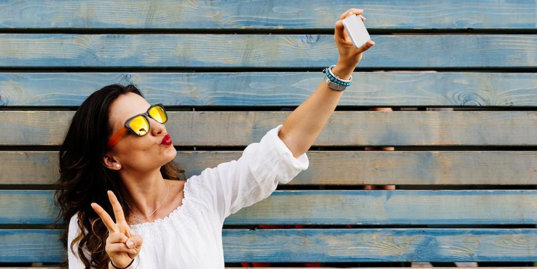 La dépendance aux selfies: un trouble mental?