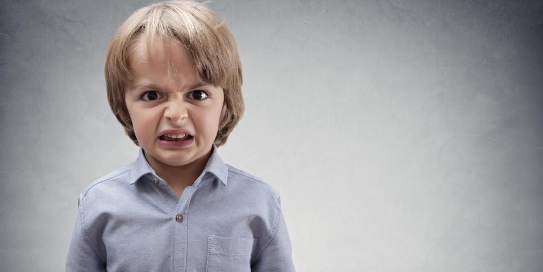 6 pièges parentaux qui transforment un enfant en sociopathe