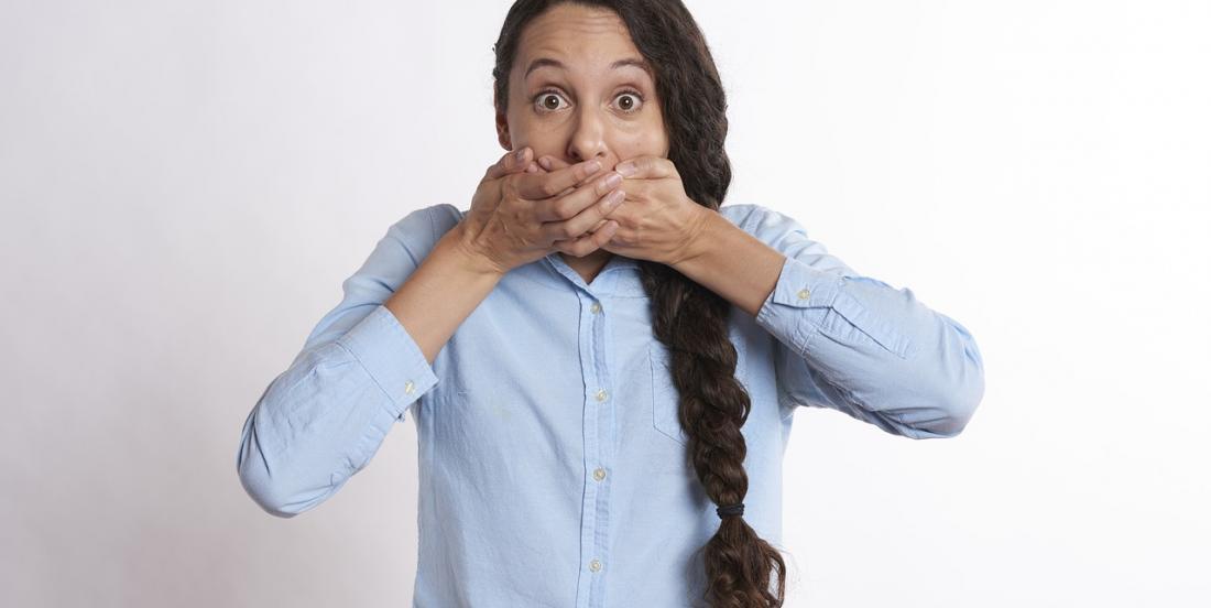 Savez-vous comment venir à bout de problèmes bucco-dentaires comme la mauvaise haleine?