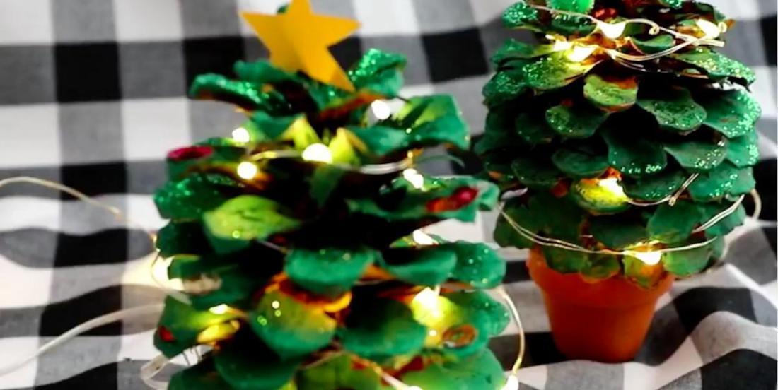 Bricolage festif: des sapins de Noël en pommes de pin