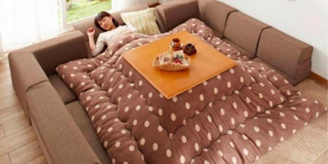 Ce canapé convertible vous permet d'hiberner dans votre salon tout l'hiver!