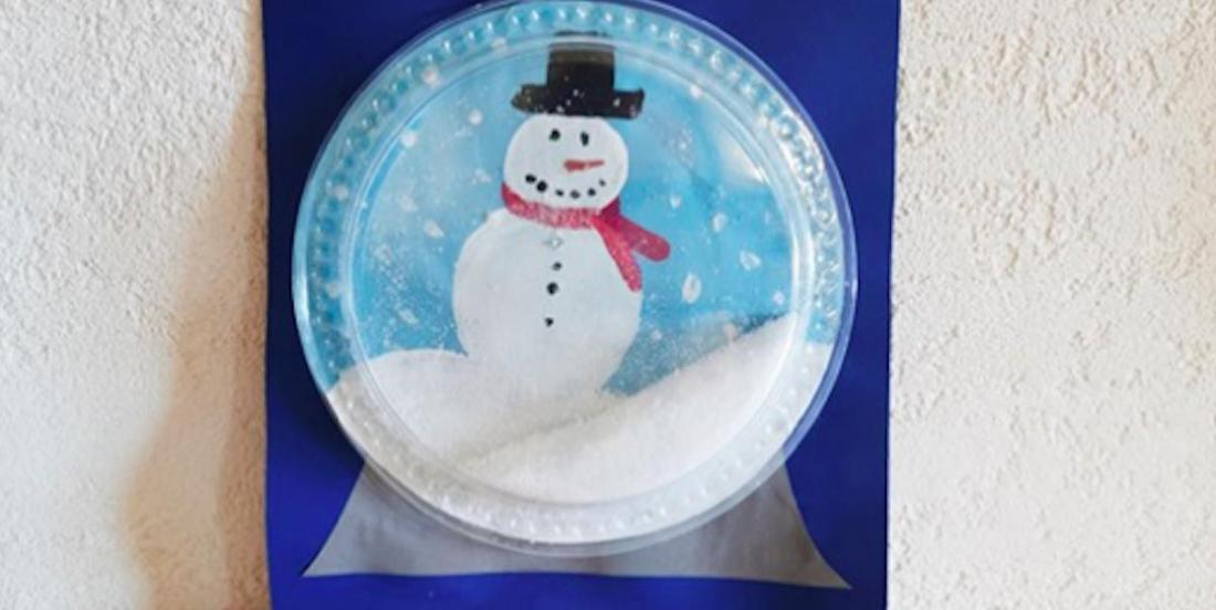 Voici comment bricoler de beaux globes à neige avec les enfants