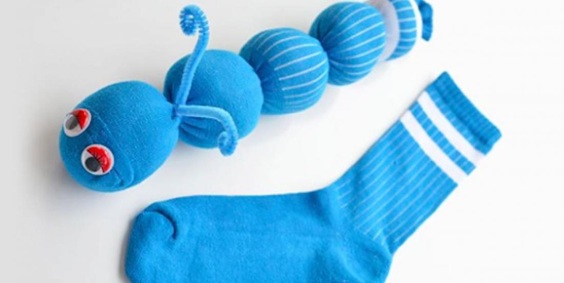 Bricolage facile: comment faire des chenilles en chaussettes sans couture