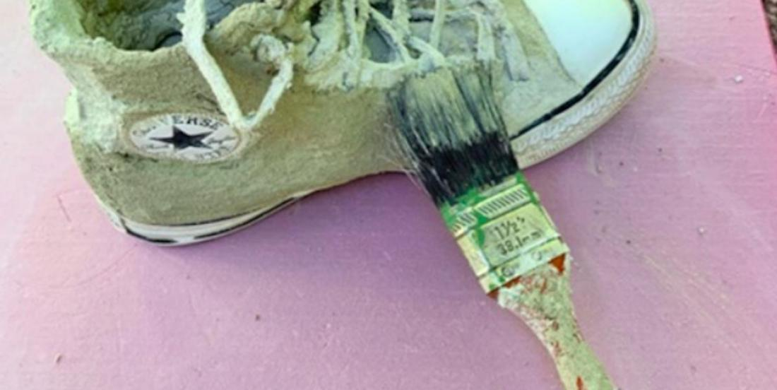 Comment réaliser une jardinière en ciment avec des chaussures