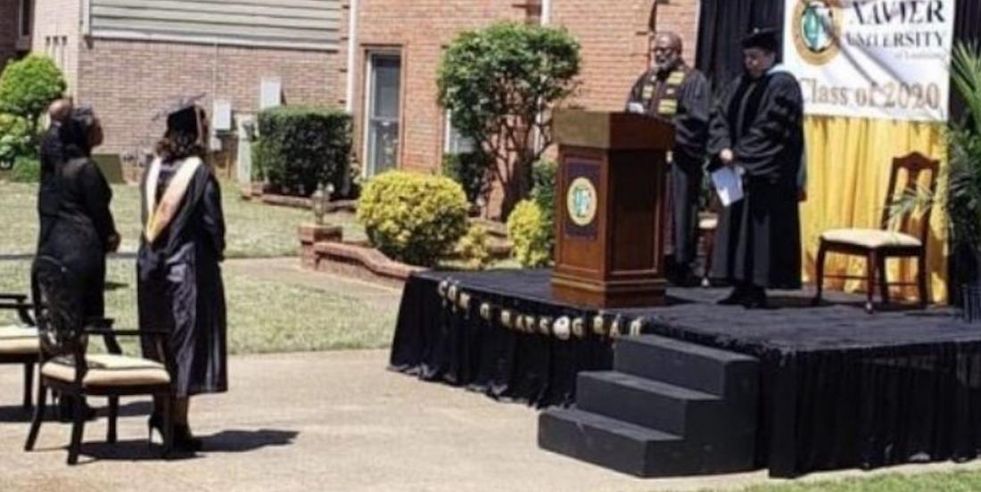 Coronavirus: un père a construit une vraie scène dans son allée pour la graduation de sa fille