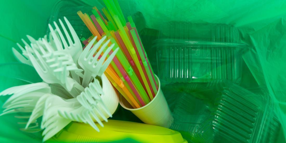 Bientôt, ces 6 articles en plastiques seront bannis du Canada