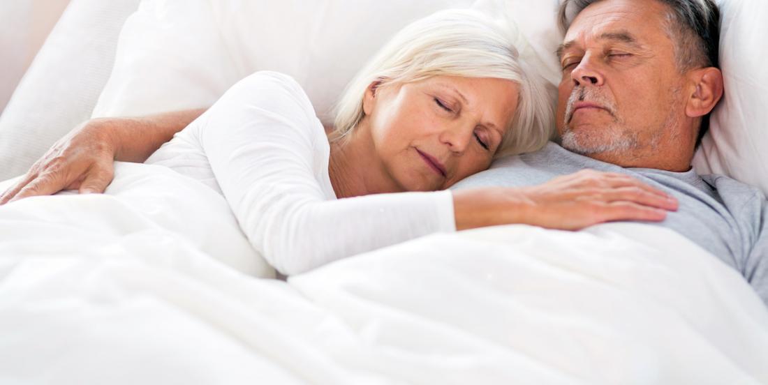 Votre position pour dormir en couple peut en dire beaucoup sur votre relation!