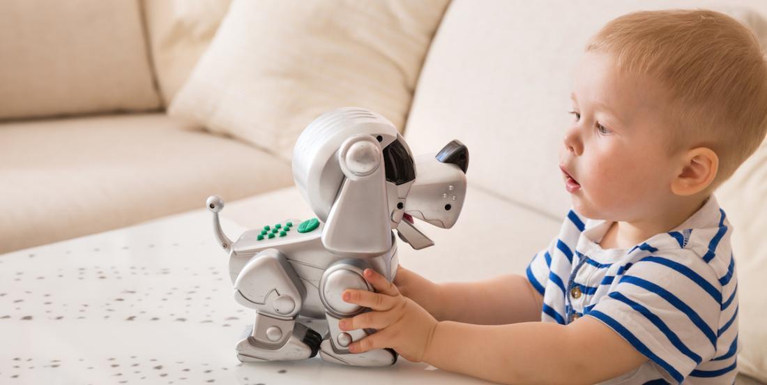 Voici pourquoi donner un jouet intelligent à un enfant n'est peut-être pas une bonne idée...