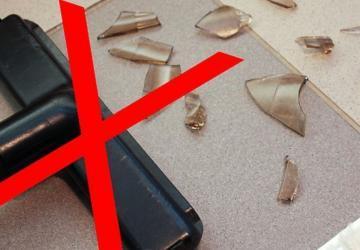 Astuces sécuritaires pour ramasser le verre cassé: pour tout recueillir, sans rien oublier!