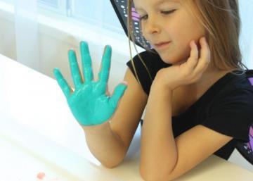 Bricolez un projet par année avec la main de votre enfant! Conservez des souvenirs mémorables!