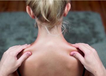 Devenez le partenaire de massage parfait avec ces 5 astuces de base!