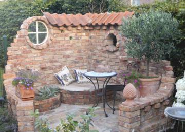 Un mur en pierres sèches pour une ambiance irrésistible de la campagne Méditerranéenne...  8 inspirations à voir!