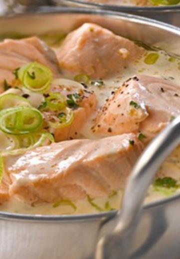 Cuisinez une blanquette de saumon! Un plat savoureux, une recette rapido presto!