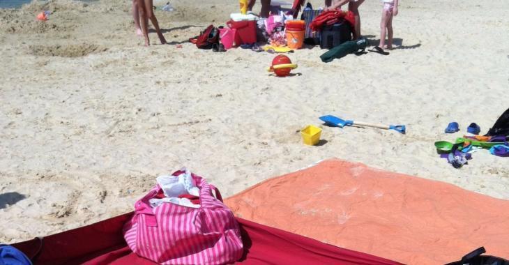 Chaque fois que je vais à la plage, mes voisins sont complètement jaloux de mon installation! Je vous dis mon secret!