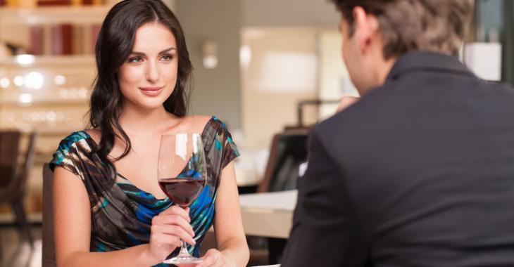 Des psychologues spécialisés en divorce conseillent de poser ces 10 questions lors du premier rendez-vous