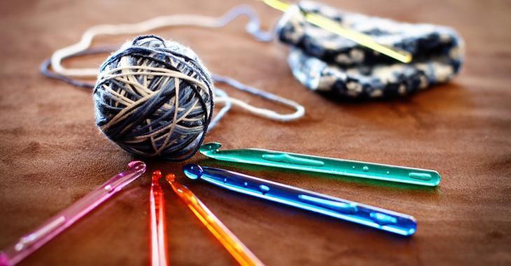 Une étude conclut que le crochetage apporte plusieurs avantages à la santé mentale