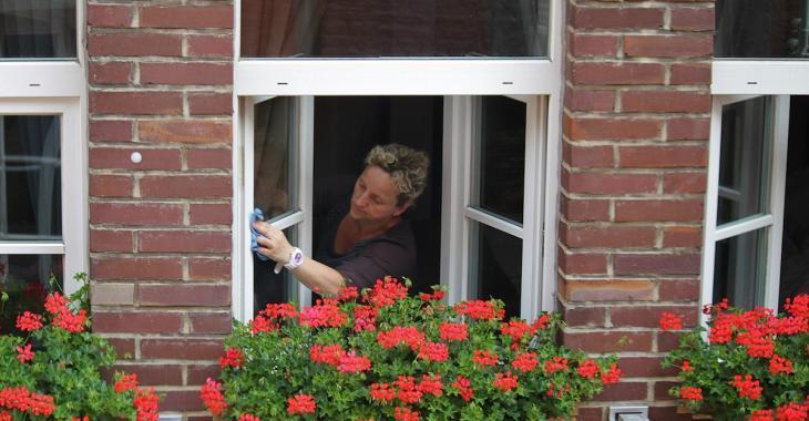 Découvrez la recette pour fabriquer le meilleur nettoyant maison pour les vitres