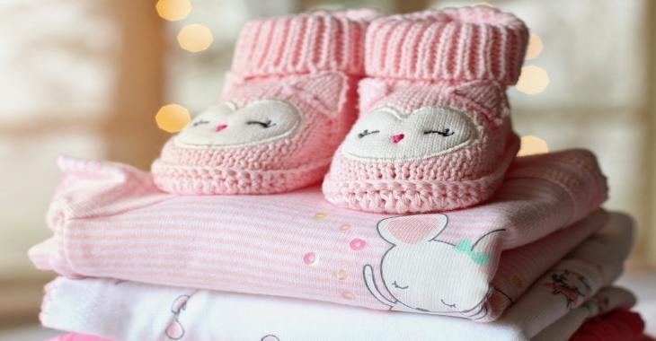 12  adorables articles pour bébé à ajouter à votre liste de cadeaux de naissance