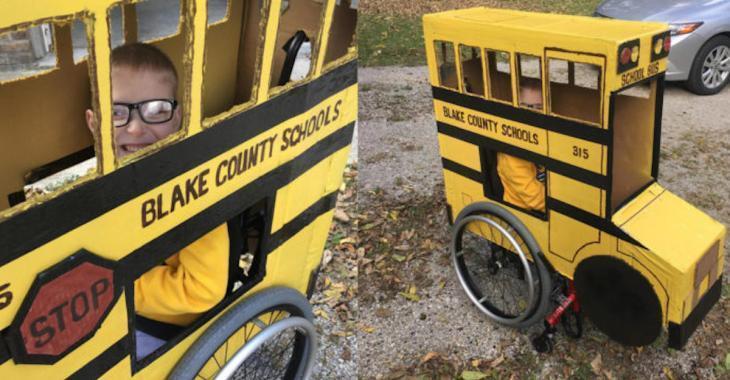 Un grand-papa crée un costume d'autobus scolaire entièrement fonctionnel pour que son petit-fils de 5 ans, en fauteuil roulant, puisse célébrer Halloween comme tous les autres enfants!