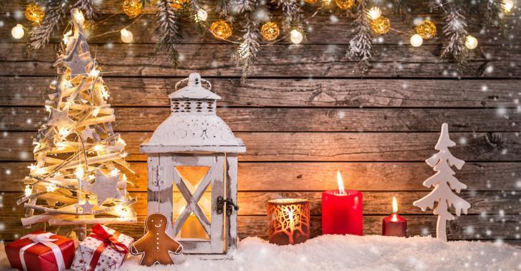 D'après un psychologue, les gens qui décorent tôt pour Noël sont plus heureux!