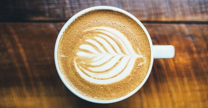 8 façons délicieuses de rendre votre tasse de café plus santé