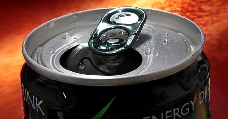 Selon une étude, une seule canette de boisson énergisante pourrait être très dangereuse pour la santé et même la vie!