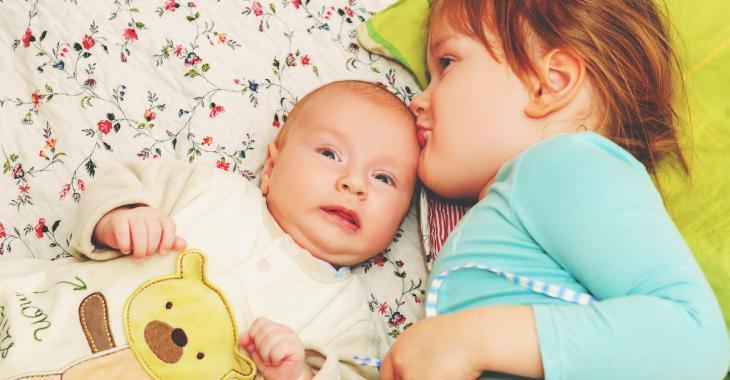 Une étude affirme que les enfants nés en deuxième sont plus difficiles, surtout les garçons