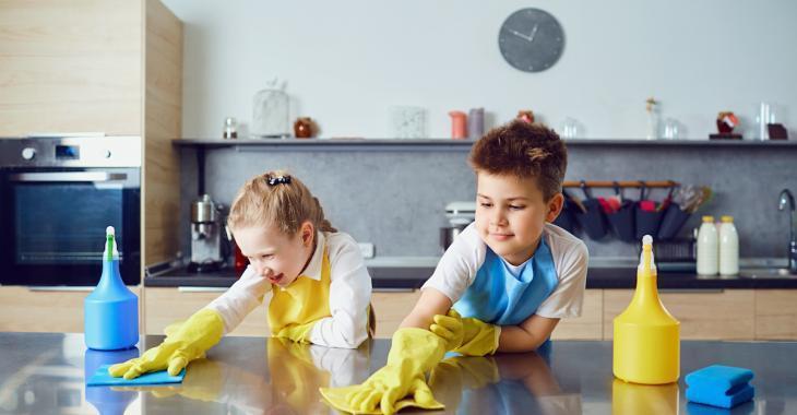 Les enfants qui participent aux tâches ménagères feront des adultes qui réussissent
