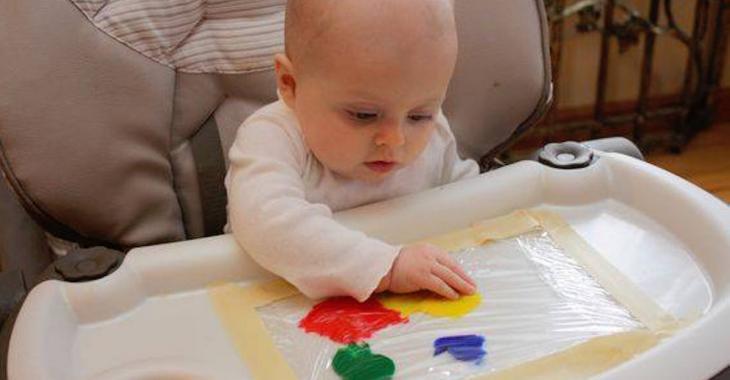 11 activités à créer soi-même pour stimuler bébé