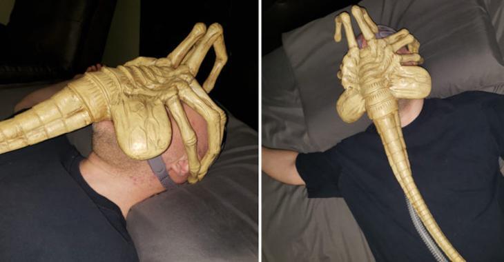Atteint d'apnée du sommeil, un homme transforme son masque respiratoire de façon très originale!