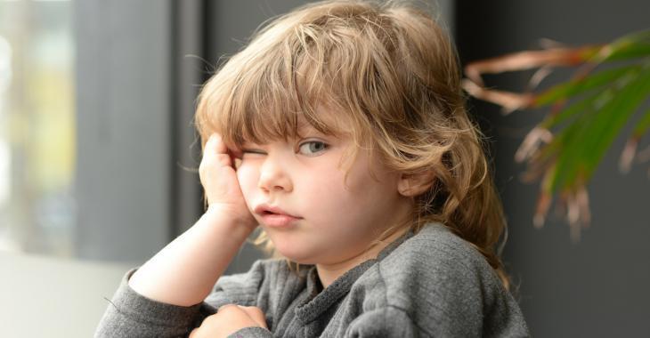 Selon les psychologues, vous devriez laisser vos enfants s'ennuyer cet été
