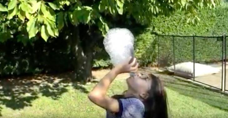 Jeu d'enfant: comment fabriquer un souffleur à bulles