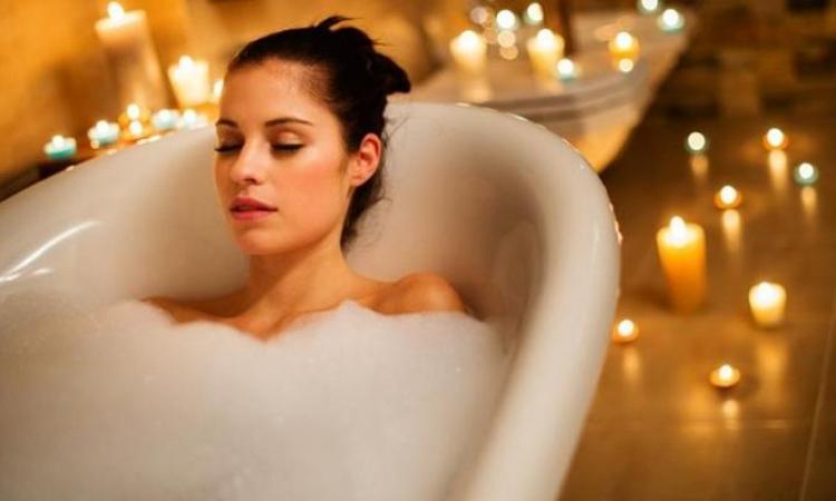 Bombes pour le bain. Une recette simple pour un bain relaxant!